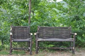 Banc et fauteuil Cluny