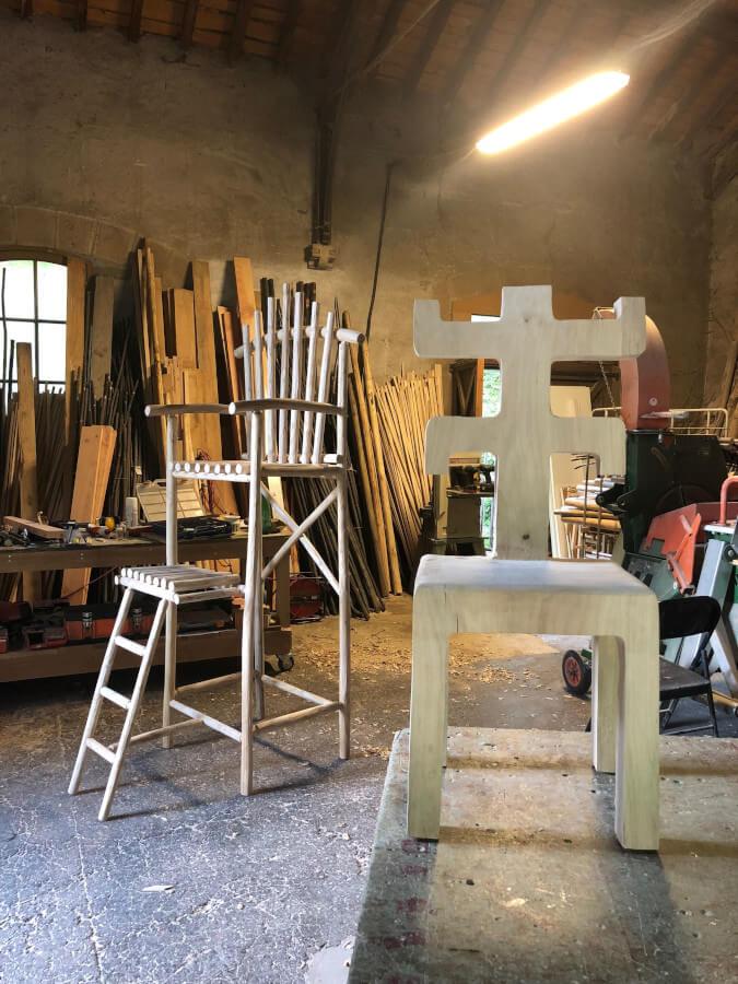 Monoxyle-chaise haute-atelier